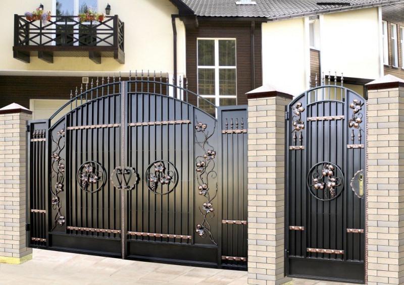 купить Ворота кованые - изделие 5001